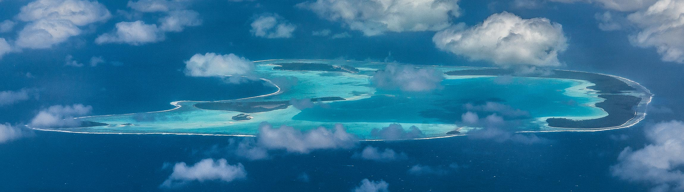 L'atoll de Tikehau vue d'avion - Topdive